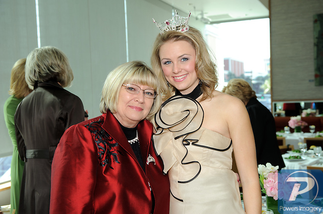 Diane Sarchet and Lacey Russ (Miss America Outstanding Teen) at the 90th Anniversary Miss America luncheon held at Nieman Marcus inside the Fashion Show Mall, Las Vegas, NV, January 13, 2011 © Al Powers / Vegas Magazine