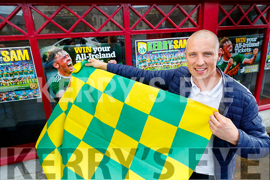 Kieran Donaghy urging Kerry fans to show their colours.