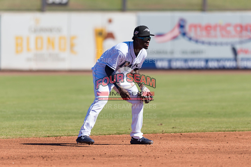 Peoria Javelinas shortstop Lucius Fox (5), of the Tampa Bay Rays organization, during an Arizona Fall League game against the Scottsdale Scorpions at Peoria Sports Complex on October 18, 2018 in Peoria, Arizona. Scottsdale defeated Peoria 8-0. (Zachary Lucy/Four Seam Images)