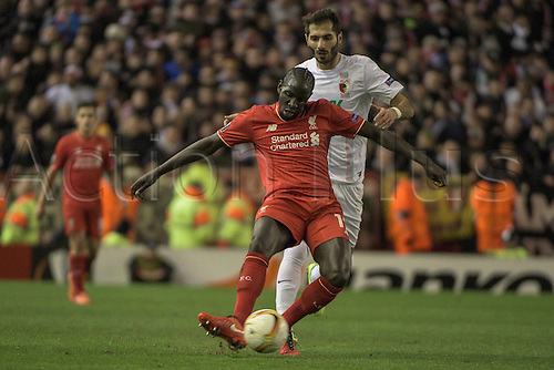 25.02.2016. Liverpool, England. UEFA Europa League game between Liverpool FC and Augsburg.  Mamadou Sakho (Liverpool FC) and Halil Altintop ( FC Augsburg )