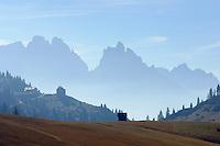 Italy, South Tyrol, Alto Adige, at Dolomites Trekking Trail Nr. 3, Prato Piazza, Rifugio Vallandro, ruins mountain hotel Duerrenstein