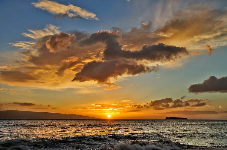 A sunset at Big Beach, Makena State Park, Maui