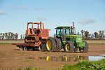 Late 1980s John Deere 4850 tractor with a c. 1960 Allis-Chalmers  HD 11 crawler-tractor