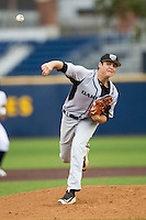 Oakland Golden Grizzlies pitcher Nick Parr (33) delivers a pitch to the plate against the Michigan Wolverines on May 17, 2016 at Ray Fisher Stadium in Ann Arbor, Michigan. Oakland defeated Michigan 6-5 in 10 innings. (Andrew Woolley/Four Seam Images)