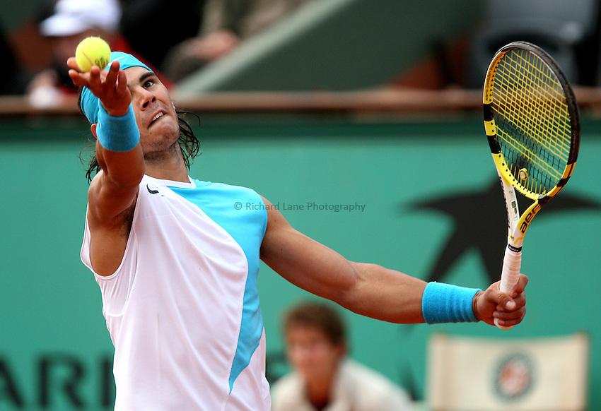 Photo: Maarten Straetemans/Richard Lane Photography..Franch Open, Roland Garros 2007. 29/05/2007..Rafael Nadal serves.