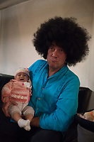 Malcolm and Zaha with wig. Our goodbye party at the Bucardon. Last days in Mexico, Bucardon, centro historico, Mexico City, Mexico