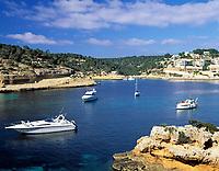 Spanien, Balearen, Mallorca, Portals Vells: Bucht und Boote| Spain, Balearic Islands, Mallorca, Portals Vells: bay and boats