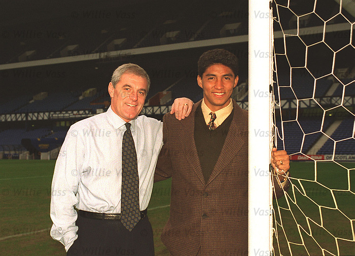 Walter Smith and Mario Jardel at Ibrox