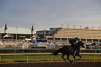 May 1, 2014: Scenes at Churchill Downs in Louisville, KY. Zoe Metz/ESW/CSM