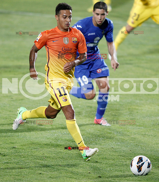 Getafe's Abdel Barrada (r) and FC Barcelona's Thiago Alcantara during La Liga match.September 15,2012. (ALTERPHOTOS/Acero) /NortePhoto<br />