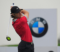 Tommy Fleetwood (ENG) tees off the 2nd tee during Thursday's Round 1 of the 2014 BMW Masters held at Lake Malaren, Shanghai, China 30th October 2014.<br /> Picture: Eoin Clarke www.golffile.ie