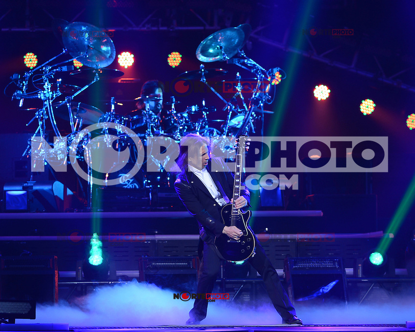 SUNRISE, FL - DECEMBER 14 : Al Pitrelli of the Trans-Siberian Orchestra performs at the BB&T Center on December 14, 2012 in Sunrise Florida.  Credit: mpi04/MediaPunch Inc. /NortePhoto