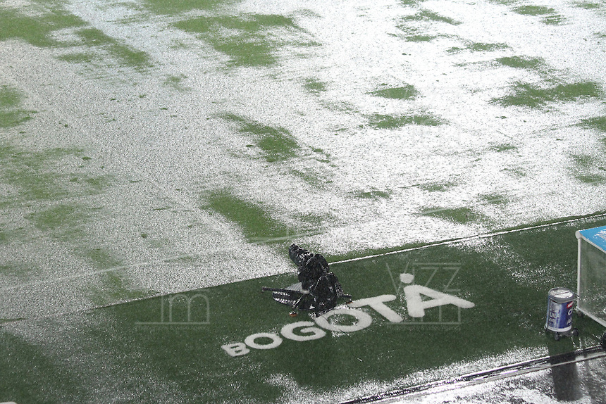 BOGOTA -COLOMBIA, 28-02-2017. Suspended football match between the football teams Millonarios  and Equidad  by heavy rain on the stadium El Campin .Action game between Millonarios and Equidad during match  for the date 6 of the Aguila League I 2017 played at Nemesio Camacho El Campin stadium . Photo:VizzorImage / Felipe Caicedo  / Staff
