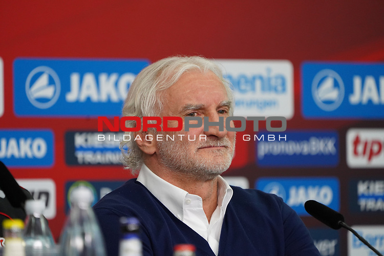 04.01.2019, BayArena, Leverkusen, GER, 1. FBL,  Bayer 04 Leverkusen PK Trainerwechsel,<br />  <br /> DFL regulations prohibit any use of photographs as image sequences and/or quasi-video<br /> <br /> im Bild / picture shows: <br /> PK Rudi V&ouml;ller/ Voeller Geschaeftsfuehrer Sport (Bayer 04 Leverkusen), <br /> Foto &copy; nordphoto / Meuter