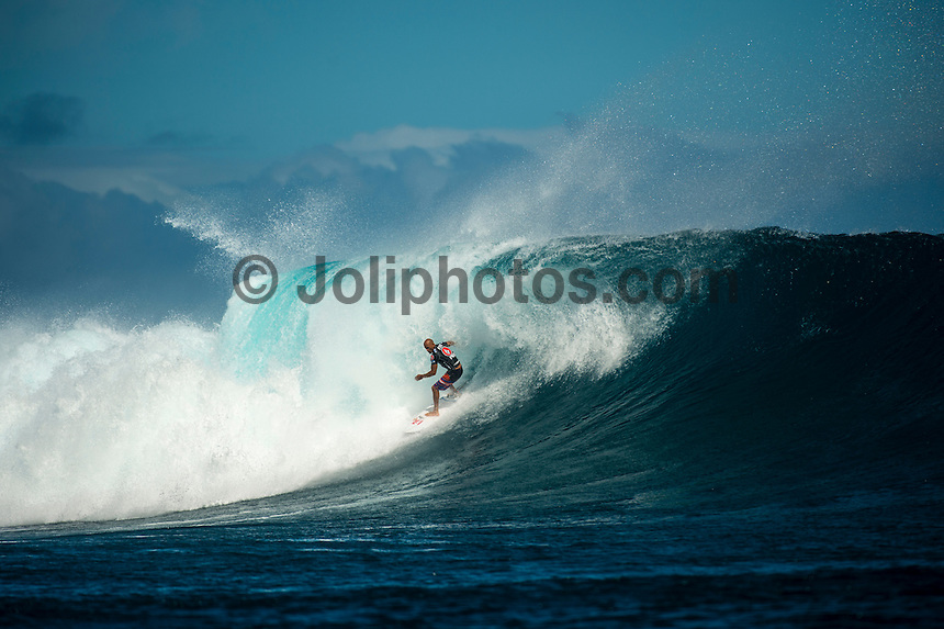 CLOUDBREAK, Namotu Island/Fiji (Wednesday, June 12, 2013) - Kelly Slater (USA), 41, has won the Volcom Fiji Pro for the second consecutive year, defeating Mick Fanning (AUS), 31, in solid six-to-eight foot (2 metre) waves at Cloudbreak.<br /> <br /> Stop No. 4 of 10 on the ASP World Championship Tour (WCT), the Volcom Fiji Pro saw several days of world-class surf at both Restaurants and Cloudbreak and saw a series of mixed results from the ASP Top 34 that shook up the current rankings in the race for the ASP World Title.<br /> <br /> Slater built momentum throughout the Volcom Fiji Pro, peaking on the final day of competition. Slater's road to victory included a perfect 20-point heat against Sebastian Zeitz (HAW), 25, in the Quarterfinals, a victory over John John Florence (HAW), 20, in the Semifinals, culminating with a win over Fanning in the Volcom Fiji Pro title.<br /> <br /> Slater's win vaults him to No. 1 on the rankings, putting him in contention for a historic 12th ASP World Title. Mick Fanning moves to second on the ratings and in the running for a third World Title.<br /> Photo: joliphotos.com