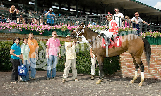Tale of the Fox winning at Delaware Park on 7/31/10