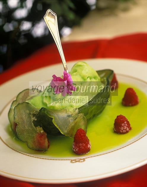 """Europe/Italie/Calabre/Vibo Marina : Sorbet au cedrat - Recette du restaurant """"Approdo"""" - Stylisme : Valérie LHOMME"""