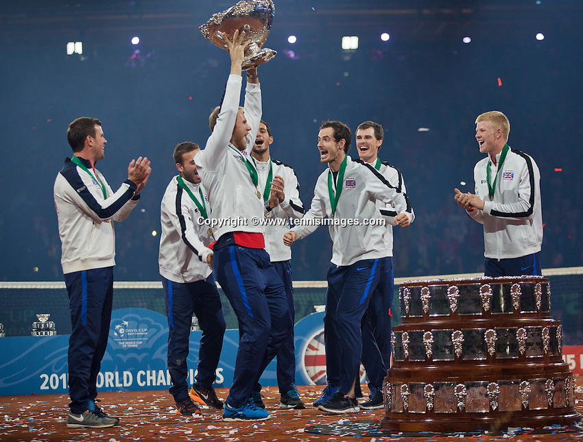 Gent, Belgium, November 29, 2015, Davis Cup Final, Belgium-Great Britain, day three, Andy Murray (GBR) celebrates with his team members  after winning the Davis Cup 2015.<br /> Photo: Tennisimages/Henk Koster