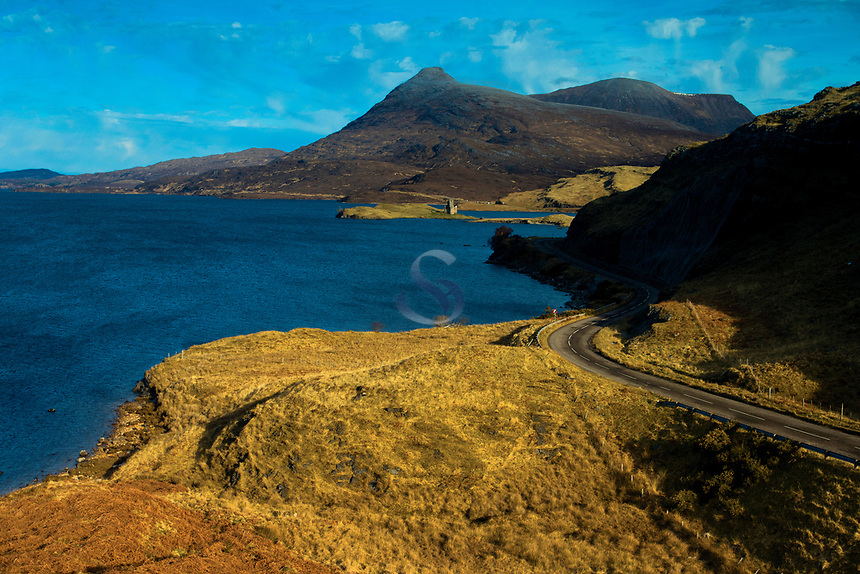 Loch Assynt, Quinag and the North Coast 500 near Inchnadamph, Sutherland, Northwest Highlands