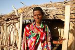 habitant de amedila, le village de sauniers sur le bord du lac Aksoum. . Dépression des Afars