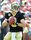 Landover, MD - September 14, 2008 -- New Orleans Saints quarterback Drew Brees (9) looks for an open receiver in the second quarter against the Washington Redskins at FedEx Field in Landover, Maryland on Sunday, September 14, 2008..Credit: Ron Sachs / CNP.(RESTRICTION: NO New York or New Jersey Newspapers or newspapers within a 75 mile radius of New York City)