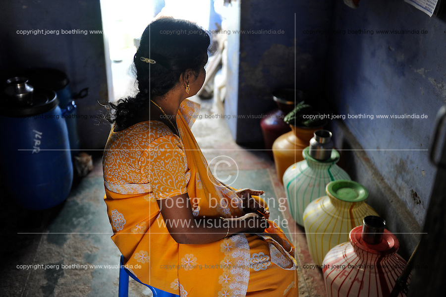 "INDIA Tamil Nadu Dindigul, portraits of young women which have worked in spinning units under the Sumangali scheme, a contract system, in which they are exploited instead of receiving a training and often do not receive the promised salary at the end of the contract / INDIEN Tamil Nadu, Dindigul , Portraets von Frauen die in der Textilindustrie in Spinnereien im Sumangali System gearbeitet haben, Sumangali bedeutet ""glueckliche Braut"" und ist eine Form von Zwangsarbeit, junge Frauen erhalten einen Vertrag mit Versprechen auf Ausbildung und Zahlung einer Einmalsumme zum Ende der Laufzeit, sie arbeiten oft unter menschenunwuerdigen Bedingungen, werden teilweise sexuell von Vorarbeitern belaestigt und erhalten in vielen Faellen nicht die versprochene Entlohnung, Maedchen Sheela moechte nicht erkannt werden, wurde von Vorarbeitern der Soundaraja Mill sexuell genoetigt"
