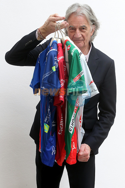 Designer Paul Smith shows off the jerseys he has made for the 2015 Dubai Tour. <br /> Photo: ANSA/ www.newsfile.ie