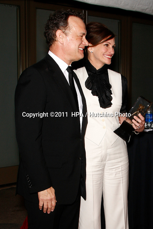 LOS ANGELES - FEB 13:  Tom Hanks, Julia Roberts at the American Society of Cinematographers 25th Annual Outstanding Achievement Awards at Hollywood & Highland  on February 13, 2011 in Los Angeles, CA