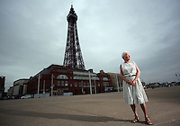 2016 05 25 'Girl in the spotty' dress Pat Stewart returns after 65 years to Blackpool, UK