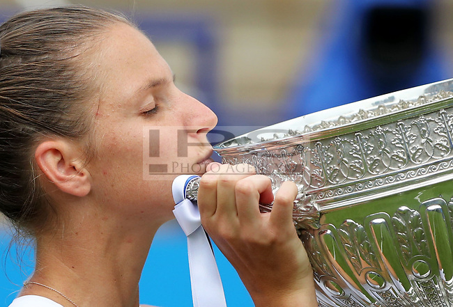 Karolina PLISKOVA (CZE) kisses the winning trophy after beating  Caroline WOZNIACKI (DEN) during the final day of the Aegon International played at Devonshire Park, Eastbourne on 1 July 2017