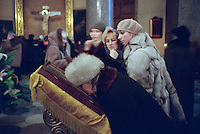 St Petersburg, Russia, 07/01/2003..Orthodox Christmas midnight mass in St Isaac's Cathedral..