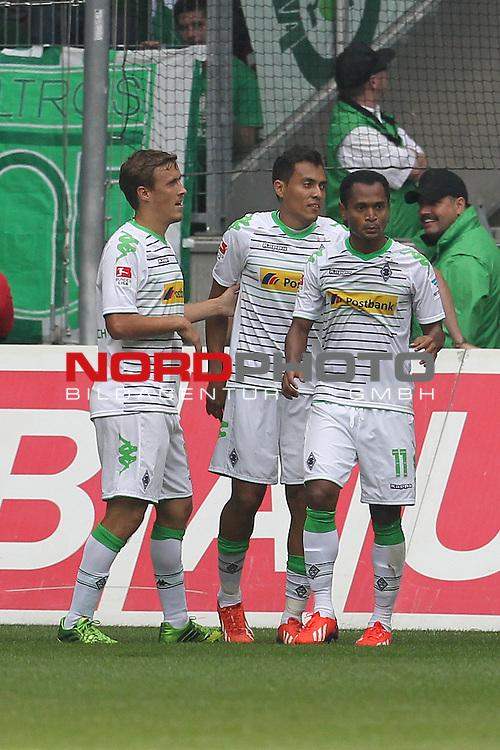 31.08.2013, Stadion im Borussia Park, Moenchengladbach, GER, 1.FBL, Borussia Moenchengladbach vs Werder Bremen, im Bild<br /> Torjubel / Jubel  Juan Arango (Moenchengladbach #18) (mi.) mit Max Kruse (Moenchengladbach #10) und Raffael (Moenchengladbach #11)<br /> <br /> Foto &copy; nph / Mueller