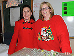 Catherine Dempsey and Eileen Taaffe pictured at Ballapoosta christmas fair. Photo: Colin Bell/pressphotos.ie