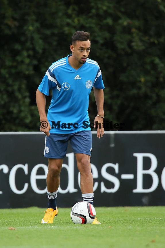 Karim Bellarabi - Training der Deutschen Nationalmannschaft in Frankfurt