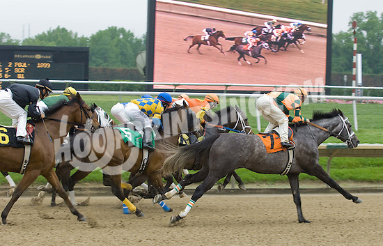 Layers winning at Delaware Park on 5/12/10
