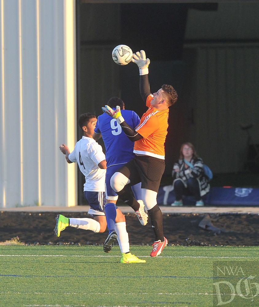 NWA Democrat-Gazette/Michael Woods --04/03/2015--w@NWAMICHAELW... The Rogers Mounties vs the Har-Ber Wildcats during Friday nights soccer game at Har-Ber High School in Springdale.