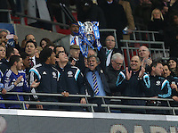 Chelsea s Jose Mourinho celebrates with the trophy League Cup Final - Chelsea vs Tottenham Hotspur - Wembley Stadium - England - 1st March 2015 - Picture David Klein/Sportimage/Imago/Insidefoto <br /> ITALY ONLY