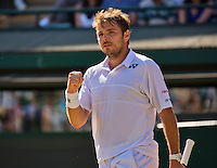 England, London, Juli 06, 2015, Tennis, Wimbledon, Stan Wawrinka (SUI) makes a gestuurd in his match against David Goffin of Belgium<br /> Photo: Tennisimages/Henk Koster