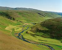 Hvammur séð til suðausturs, Svartá, Húnavatnshreppur former Bólstaðarhlíðarhreppur / Hvammur viewing southeast, river Svarta, Hunavatnshreppur former Bolstadarhlidarhreppur.