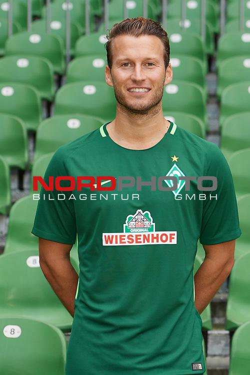 Fu&szlig;ball, GER, /3.Liga, Portr&auml;ttermin 2017/2018,<br /> <br /> Marc Pfitzner (Werder Bremen U23 #31)<br /> <br /> Foto &copy; nordphoto / Kokenge