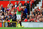 Wayne Rooney of Manchester United acknowledges the crowd as he warms up during the Premier League match at Old Trafford Stadium, Manchester. Picture date: September 24th, 2016. Pic Sportimage