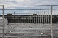 Berlino Berlin aeroporto parco Tempelhof Nell'aeroporto c'è il più grande luogo di prima accoglienza dei migranti in Germania