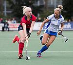 UTRECHT - Sophie Goorhuis (Laren) met rechts Floortje Plokker (Kampong)  tijdens de hockey hoofdklasse competitiewedstrijd dames:  Kampong-Laren . COPYRIGHT KOEN SUYK