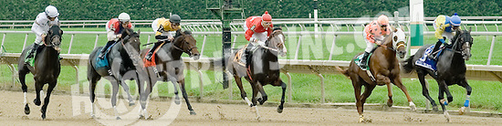 I'm Steppin' It Up winning The Kent Stakes at Delaware Park on 9/24/11 earning Anthony Pecoraro his 1000th training win!.