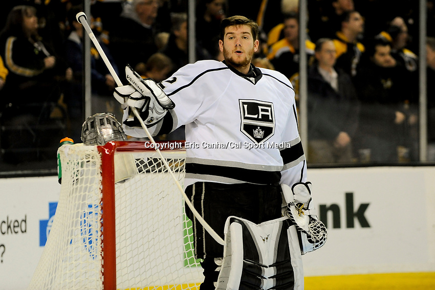 January 20, 2014 - Boston, Massachusetts, U.S. - Los Angeles Kings goalie Jonathan Quick (32) before the start of the NHL game between Los Angeles Kings and the Boston Bruins held at TD Garden in Boston Massachusetts. The Bruins defeated the Kings 3-2 in regulation time.   Eric Canha/CSM