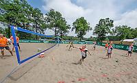 Den Bosch, Netherlands, 08 June, 2016, Tennis, Ricoh Open, KNLTB, Beach tennis Kidsday<br /> Photo: Henk Koster/tennisimages.com