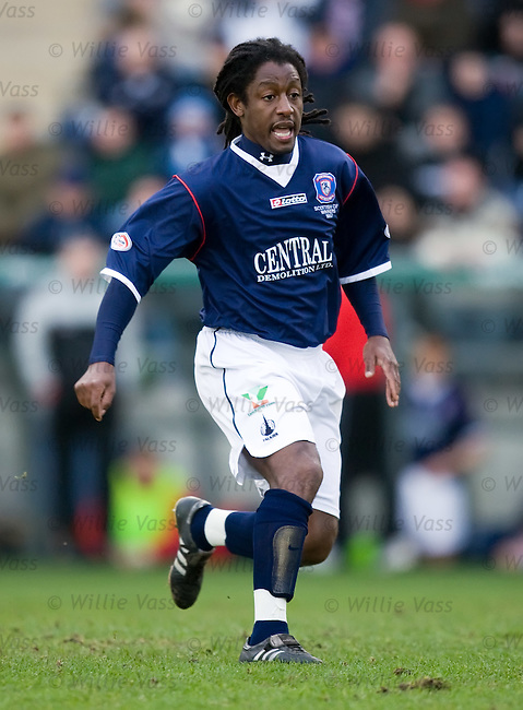 Russell Latapy, Falkirk