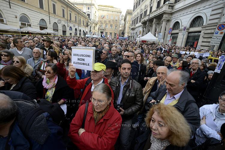 Roma, 23 Marzo 2013.Piazza SS Apostoli.Manifestazione in difesa della Costituzione e per l'ineleggibilità di  Silvio Berlusconi organizzata dal periodico  Micromega