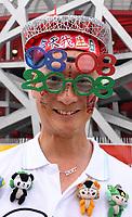Uno spettatore con occhiali 08 08 2008<br /> Pechino - Beijing 8/8/2008 Olimpiadi 2008 Olympic Games<br /> The Opening ceremony for the XXIX Olympic games.<br /> Cerimonia d'apertura delle Olimpiadi di Pechino 2008<br /> Foto Andrea Staccioli Insidefoto