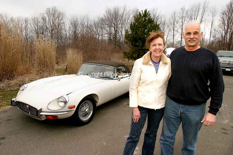 NEWTOWN, CT--01 APRIL 2007--040107JS05- Susan and Joe Bacha of Newtown with their 1974 Jaguar XKE V-12 Roadster.<br /> Jim Shannon / Republican-American